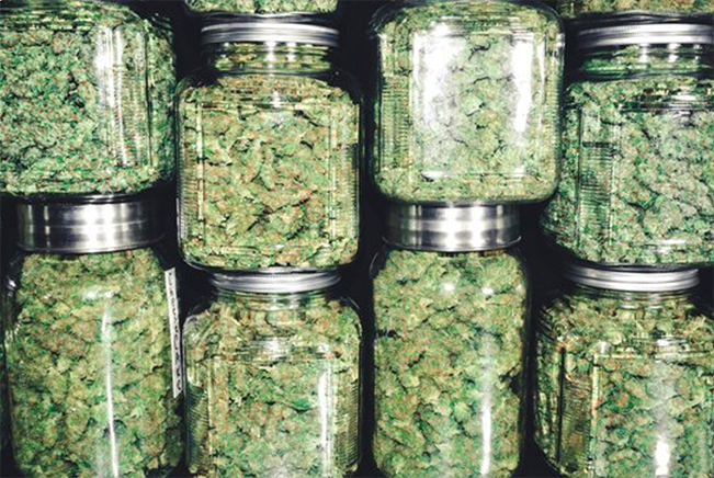 Marijuana-Dispensary-Delivery-Service-Roseville
